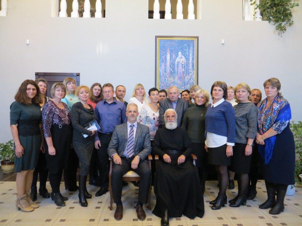 От богословия к проблемам «отцов и детей»: встреча епископа Адриана с педагогами Ржевского района