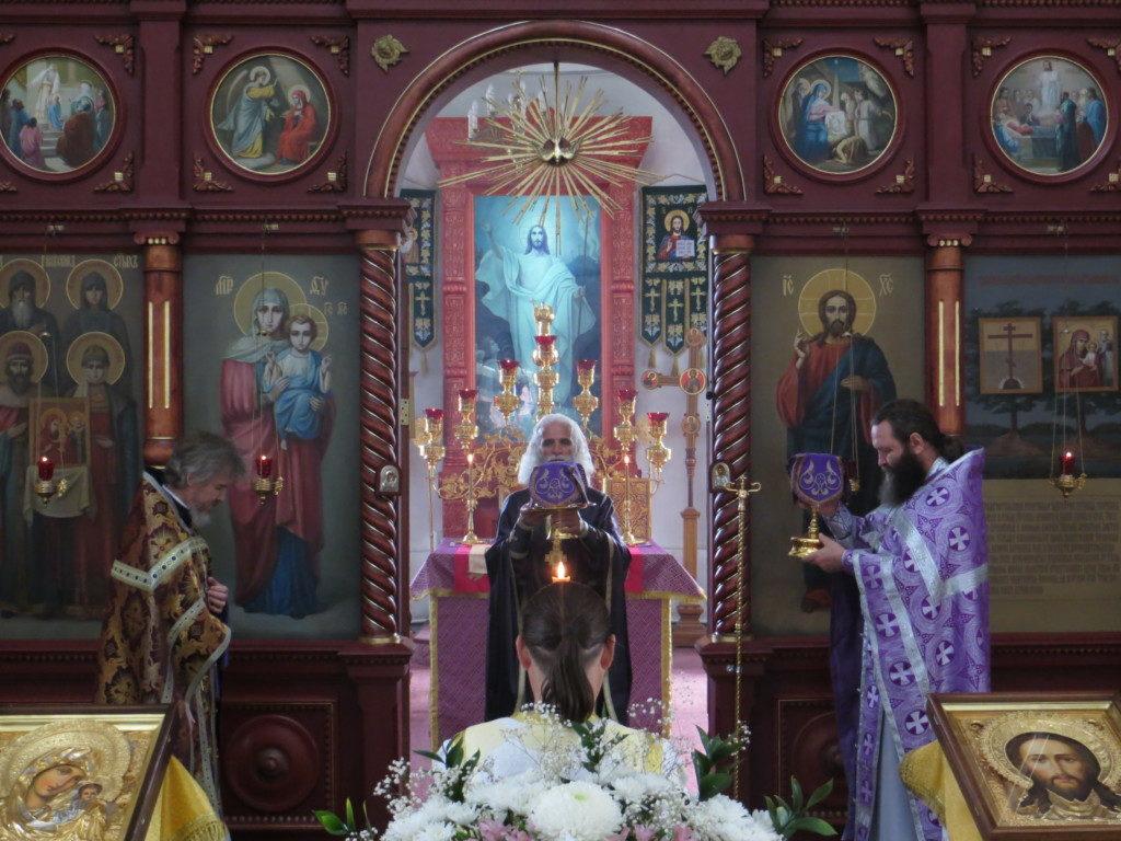 В Оковецком соборе молитвенно почтили Усекновение главы пророка Иоанна Предтечи