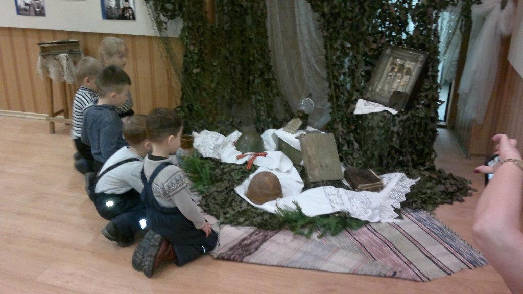 Воспитанники детского сада № 12 посетили епархиальную выставку